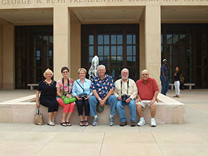 Sonja Lynch, Kay Seabolt, Sandy Boyd, Ron Seabolt, Wilkie Boyd and John Lynch outside the Bush Library in Dallas